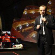Stefano Domenicali habla para los trabajadores