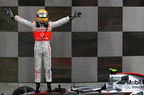 Dos triunfos consecutivos de Lewis Hamilton