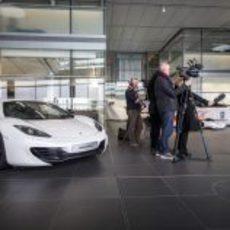 ¿Nuevo coche de empresa para Checo?