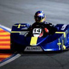 Fernando Alonso, a bordo de su kart asturiano