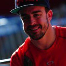 Fernando Alonso sonríe en el  'Desafio das Estrelas 2013'