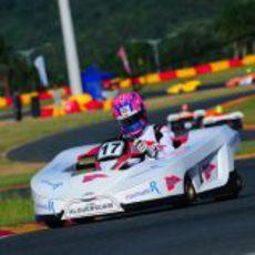 Jaime Alguersuari rueda en los últimos libres