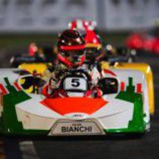 Jules Bianchi se pone en cabeza