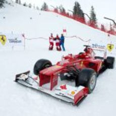 El F2012 en la nieve de Madonna di Campiglio