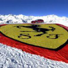Bandera de Ferrari en Madonna di Campiglio