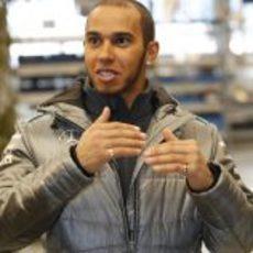 Lewis Hamilton con la equipación de Mercedes