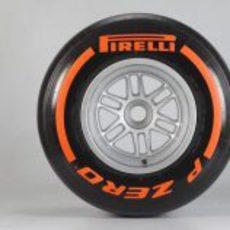 Pirelli duro para 2013