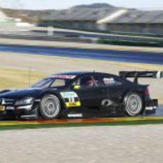 Robert Kubica rueda en Cheste con el Mercedes DTM