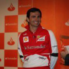 Pedro de la Rosa, muy contento de estar en Ferrari