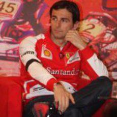 Pedro de la Rosa durante su primer acto como piloto de Ferrari