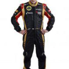 Kimi Räikkönen con la equipación de Lotus para la temporada 2013