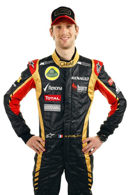 Romain Grosjean con la equipación de Lotus para 2013