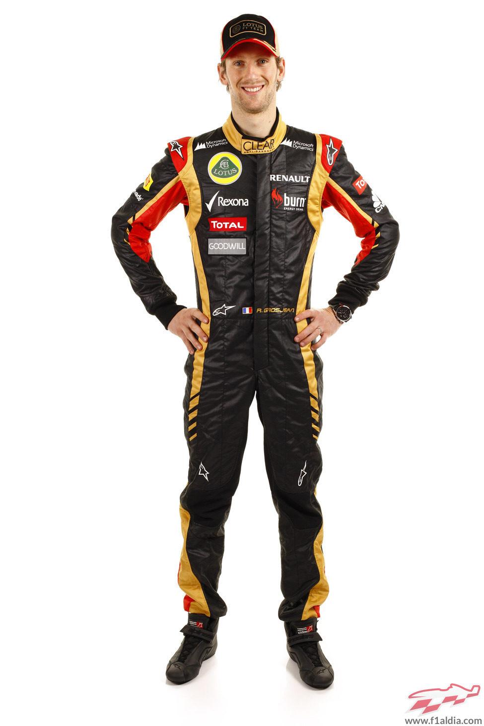Romain Grosjean con el mono de Lotus para 2013