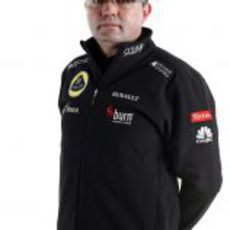 Eric Boullier posa con motivo de la presentación del Lotus E21