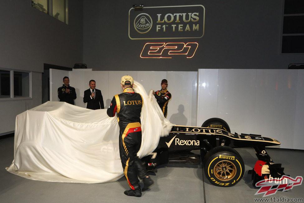 Räikkönen y Grosjean destapan el Lotus E21
