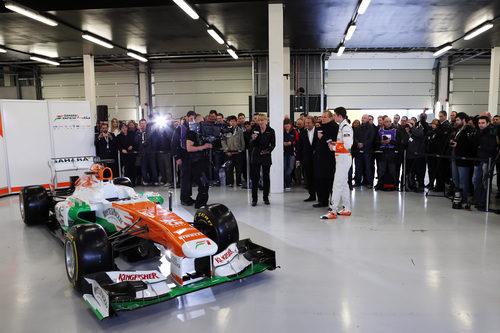 Force India VJM06, presentado públicamente en Silverstone