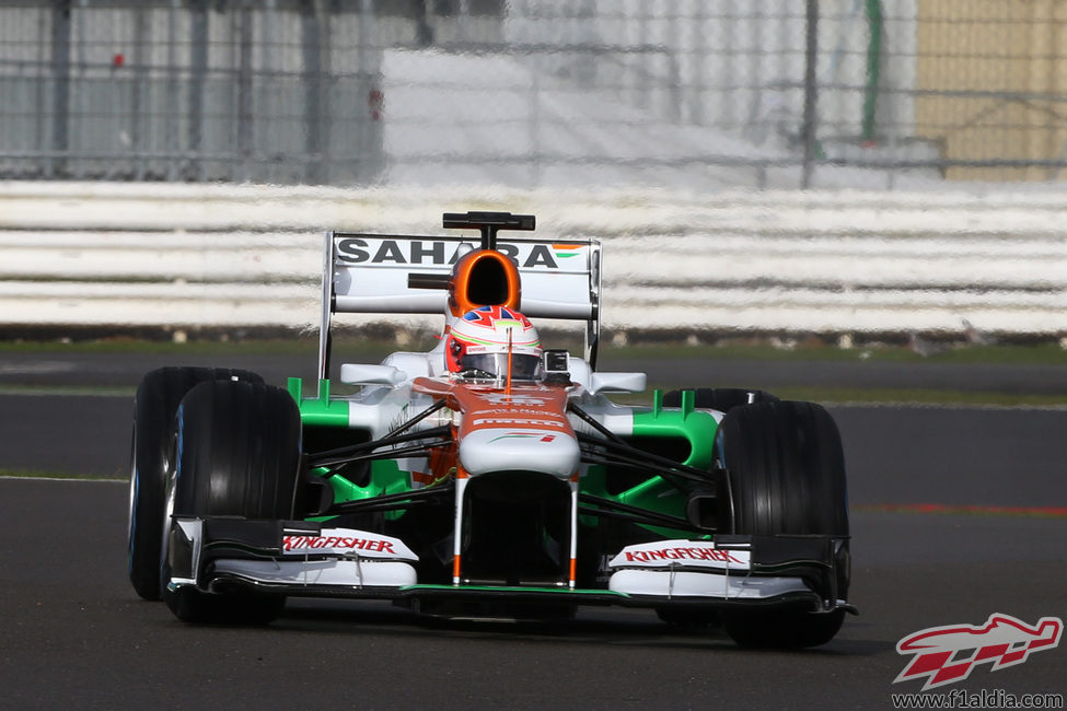 Paul di Resta estrenó el Force India VJM06 en Silverstone