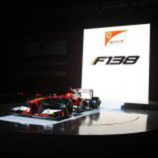 El Ferrari F138 finalmente al descubierto
