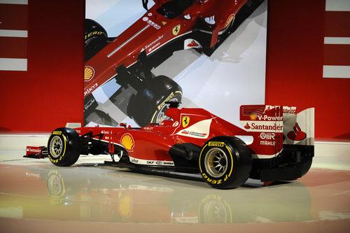 El nuevo Ferrari F138 fue presentado en Maranello