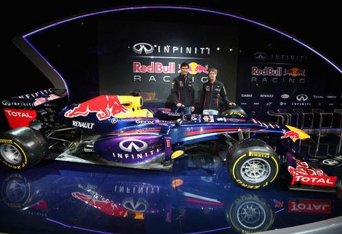 Los pilotos de Red Bull en la presentación del RB9