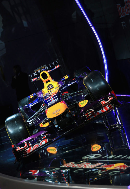 Plano frontal del Red Bull RB9