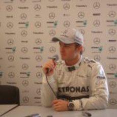 Nico Rosberg en la rueda de prensa con Mercedes