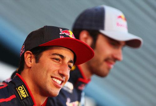 Daniel Ricciardo y Jean-Eric Vergne en la presentación del STR8