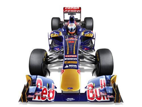 STR8, el Toro Rosso de 2013 en vista frontal