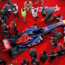 Los medios pudieron ver muy de cerca el nuevo Toro Rosso STR8 de 2013