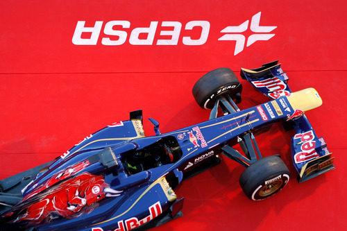 El Toro Rosso STR8 visto desde arriba en su presentación