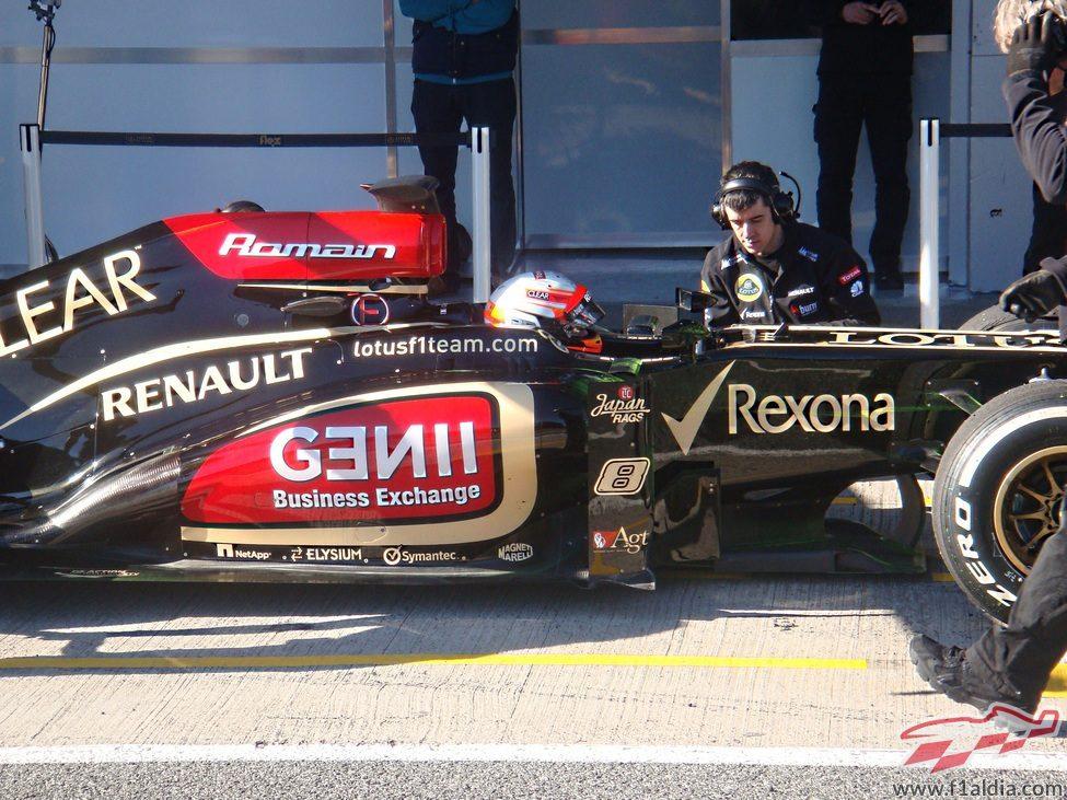 Romain Grosjean ya rueda con el nuevo Lotus E21