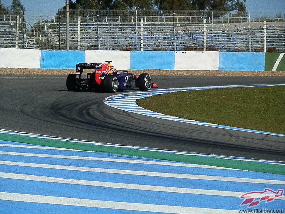 El STR8 rueda en el circuito de Jerez