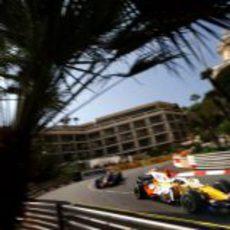 Fernando Alonso entrena