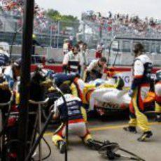 Alonso hace su parada