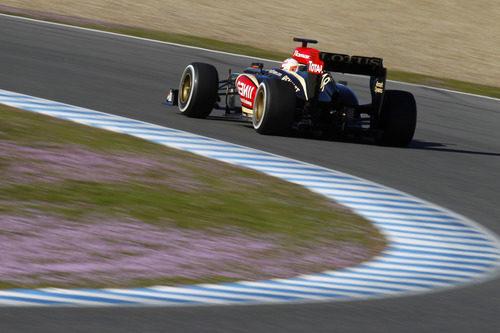 Romain Grosjean vuela en Jerez