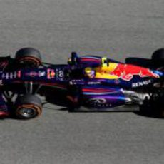 Vista lateral del nuevo Red Bull RB9