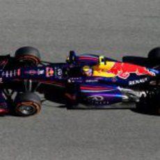 Vista lateral del nuevo Red Bull RB9