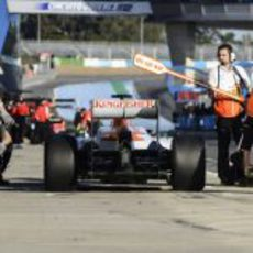 Cambio de neumáticos de Paul di Resta