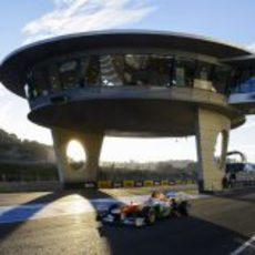 El 'ovni' de Jerez al paso de Paul di Resta