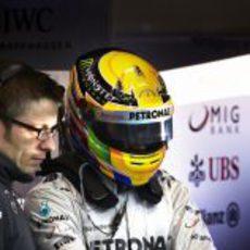 Lewis Hamilton con Peter Bonnington