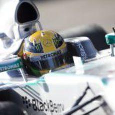 Lewis Hamilton, al volante del nuevo Mercedes W04