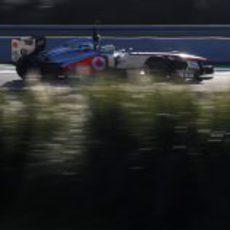 Sergio Pérez rueda con McLaren en Jerez