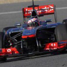 Jenson Button rueda en la pista de Jerez
