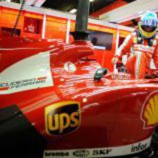 El español de Ferrari se sube en el F138