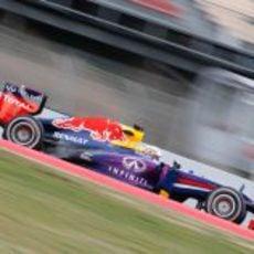 El RB9 rueda en el circuito de Montmeló