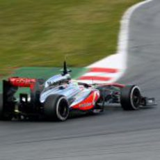 Sergio Pérez debuta en Barcelona con el nuevo McLaren