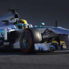 Lewis Hamilton rueda con el W04 en Barcelona