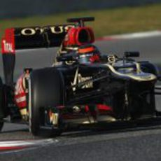 Kimi Räikkönen en la última chicane de Montmeló