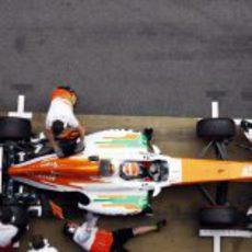 Adrian Sutil en el pitlane