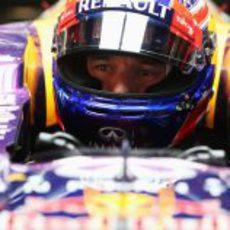 Mark Webber en el box de Red Bull